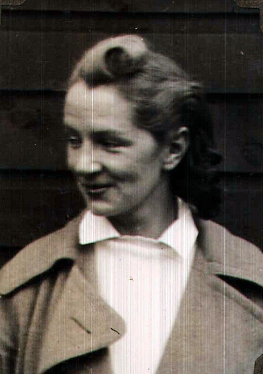 Lesley Cairns Murray 1939